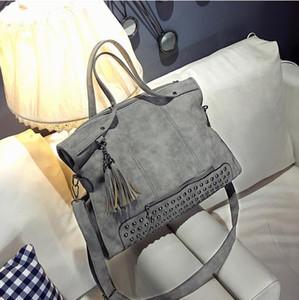 Болиш заклепки нубука кожа женщины мода кисточкой сумка старинные сумка больше Топ Ручка сумки пакет
