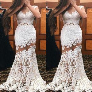 2019 Little White Mermaid Prom Dresses Sheer Neckline Sexy Illusion Corpetto Pizzo Appliqued Abiti da sera lunghi Abiti speciali Occasioni