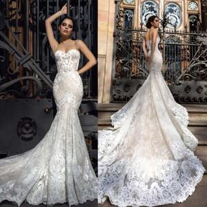 Vestidos de novia por encargo nuevos del estilo de la sirena 2019 Vestidos sin respaldo del escote del amor Vestidos de novia del tren de la capilla de la cremallera de Tulle