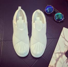 Best Qualilty Summer SUPERSTAR SLIP ON Sandalias Mocasines para hombre Correa cruzada con cabeza de mujer en blanco y negro baja Tops zapatillas de deporte unisex