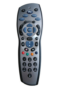 100pcs / lot Haute Qualité Télécommande Universelle Télévision Télécommande Contrôleur Pour Sky + HD Rev9 Sky HD Argent + Noir Livraison gratuite