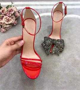 2017 Sommer neue Stil Frauen Sandalen dünne Ferse Bowtie Sandalen Partei Schuhe Gladiator Sandalen Strass Bolzen Pumps Lackleder High Heels