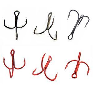 100pcs 35647 anzuelos de pesca de agudos de acero de alto carbono rojo negro redondo doblado triple duro señuelo cuchara anzuelos