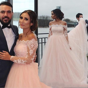 2019 New Blush Long Sleeves Wedding Dresses Off Shoulder Appliques Lace Sweep Train Charming Garden Country Beach Bridal Gowns Cheap Custom