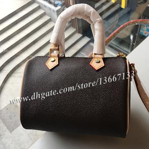 De calidad superior 16cm Mini Boston bolso mujeres Desinger Nano bolso de hombro Lady bolsos con cinturón 61252