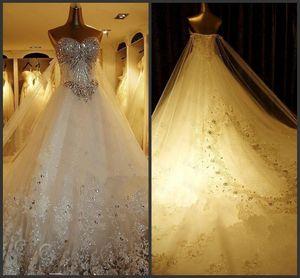 Luxo cristal Beading Vestidos de casamento com Real Lace Train Querida nupcial Dresses Real Fotos Lace Up Noiva Plus Size vestidos de noiva