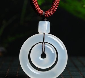 Glace naturelle à travers l'anneau mère de la moelle de jade boucle de sécurité pendentif anneau de moelle de jade blanc pendentif hommes et femmes chaîne de chandail