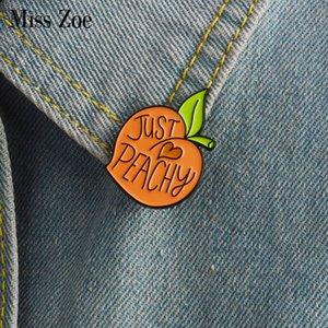 Miss Zoe Dos Desenhos Animados pêssego esmalte pin Fruta peachy crachá broche de Lapela pino para Denim camisa do revestimento do saco de Jóias bonito Presente para a menina amigo