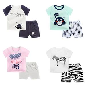 Bebek T-shirt Şort Yaz Iki parçalı Setleri Suits Kısa Kollu Hayvan Mektuplar Çizgili Karikatür Baskılı Pamuk Kız Erkek 3 M-4 T