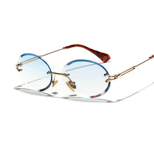 Diamond Cut Retro Oval Occhiali da sole Donne Crystal Textured Glasses No Borders JW