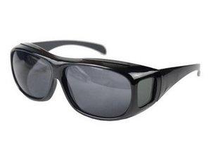 새로운 도착 남성과 여성 태양 안경 자동차 드라이버 나이트 비전 안경 눈부심 방지 선글라스 플라스틱 운전 선글라스의 10pcs \ 많은