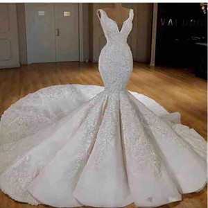 Off Shoulder Mermaid Wedding Dresses Modest Luxury Sparkly Lace Beaded Detail Cathedral Train Civil Trumpet Fishtail Wedding Gown