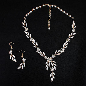 2019 stile coreano foglie d'oro collana orecchino set headban capo di strass di cristallo fiore faux perle da sposa partito gioielli da sposa