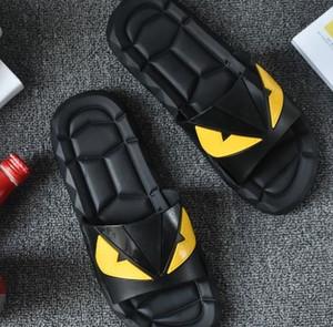 2017 العين الوحش الصيف الرجال أحذية زحافات ل الرجال النعال الشاطئ فضفاضة ، المطاط زحافات تدليك الرجال الصنادل A7030101