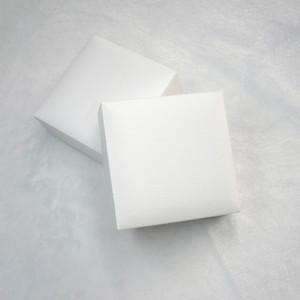 Boîtiers d'affichage de bijoux en velours noir carré blanc Emballage pour Pandora Charms Style Bracelet Collier Original Box Saint Valentin Sacs-cadeaux