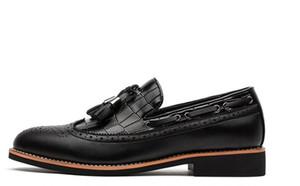 .brogue shoes for men 남성용 클래식 술 로퍼 남성용 와인 burgundy 결혼식 파티를 위해 지적한 발가락 가죽 oxfords