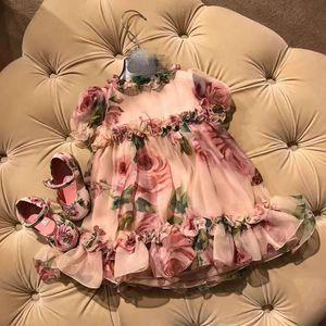La vendita calda bambini porta Primavera Estate principessa di sfera della Rosa stampato floreale del partito del vestito vestiti da modo del bambino ragazza abiti