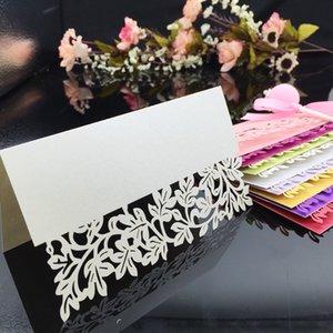 الليزر قطع بطاقات مكان مع مصنع يترك ورقة نحت حزب الجدول ديكورات اسم بطاقة المقاعد لحفلات الزفاف pc25