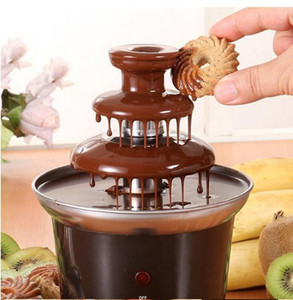 Mini Chocolate Fountain Design creativo Chocolate Melt con macchina Fonduta riscaldante Utensili da cucina Gadget