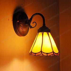 الأوروبي تيفاني شرفة مصباح المرآة الأمامية الحنين الرجعية الجدار مصباح غرفة نوم السرير بسيطة الإضاءة درج زجاجي