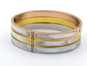 سوار مطلي بالذهب الكوري من الذهب الوردي عيار 18 قيراطًا مطلي بالذهب عيار 18 قيراطًا على شكل السيدة
