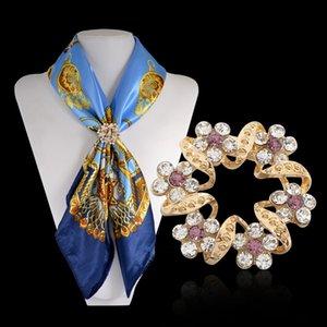 5 colores de moda de cristal flor broche para la boda Rhinestone flor broches alfileres elegantes mujeres regalo bufanda Clips hebilla broches