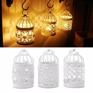 3 Diseños de Metal Blanco Hollow Candle Holder Tealight Candlero Colgando Linterna Bird Cage Adornos Decoración Banquete de Boda Herramienta WX9-323