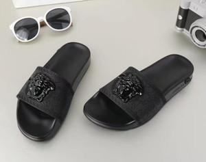 2015 Yeni Varış Yaz Erkekler terlik Marka tasarımcı flip flop Plaj Sandalet kaymaz Erkek Terlik Zapatos Hombre Rahat Ayakkabılar