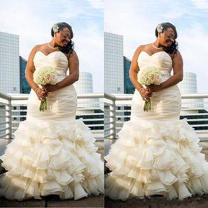 2017 Плюс Размер Дубай Арабский Простые Свадебные Платья Русалка Ruched Драпированные Халат Де Брак Милая Длинные Длина Пола Свадебные Платья