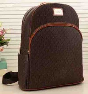 Новая мода 2018 рюкзак женщины сумка Марка рюкзак вышитые искусственная кожа заклепки рюкзаки дамы роскошные сумки размер m онлайн продажа