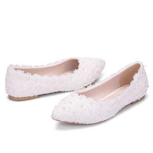 2019 جديد نمط الأبيض الشقق الرباط الزفاف أحذية الزفاف أحذية الحرير الشقق الأمومة اللؤلؤ الشقق