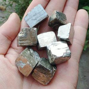 Оптовая продажа 100 г природный железный пирит грубые камни минералы и камни упали грубый образец драгоценного камня исцеление Freeshipping