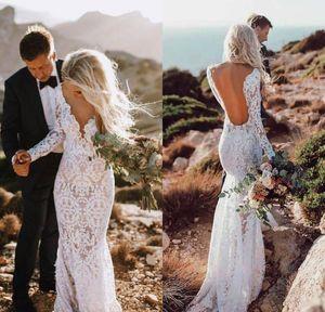 Vestidos de boda de sirena de manga larga de encaje rústico 2019 Sexy escote en V sin espalda Vestido de novia hasta el suelo Vestidos de novia de Boho