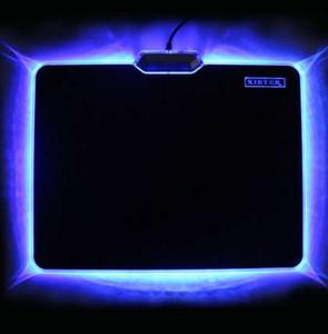 Heißer Verkaufs-kühle glühende Mausunterlage 300x240mm Gleitschutz Gummiboden LED-heller Rand Mousepad für Laptop-Tischplattenbrett-Brett-Videospiel