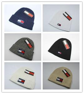 Venta al por mayor 2019 otoño invierno sombreros para mujeres hombres diseñador de lujo gorros de moda Skullies Chapeu Caps algodón