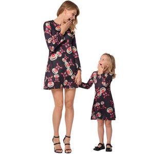 Nova Outono Inverno Mamãe e Me Família Roupas Combinando Mãe Filha Natal Elk Impressão Completa Vestido de mangas compridas 3Colors