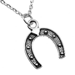 WYSIWYG 5 Pieces Metal Chain Necklaces Pendants Vintage Necklace Handmade Horseshoe Horse Shoes 23x18mm N2-B13870
