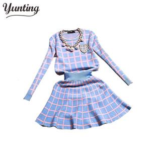 2017 New Knit Long-sleeve Maglione Gonna Abiti Donna Dolce Perline Colletto Maglia Crochet griglia Crop Top A-line Skirt da donna 2 pezzi Set