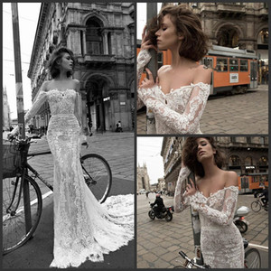 2018 New Vintage Lace Wedding Dresses Mermaid Off Shoulder With Long Sleeves Bridal Gowns Champagne Church Garden Wedding Dresses