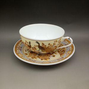 Chinesische Porzellan Handmade Peacock Muster Teacups Tabletts