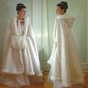 Vintage 2018 Bridal Wedding Hooded Cloak Cape Faux Fur Hemmed A Line Ankle Length Women Winter Hoody Cloak with Detachable Single Sleeve