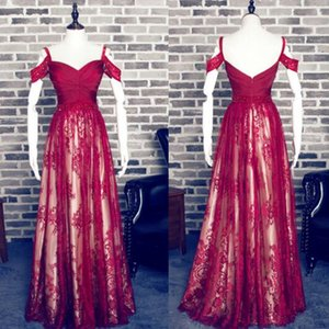 Red Charming A linha Querida Correias Spaghetti Lace Prom Dress Off the Shoulder longo Burgundy Vestido