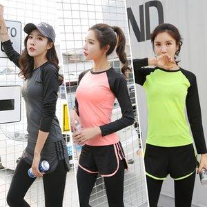 Chaud Nouvelles Gymnasium Sportswear Yoga Costumes Deux-pièces Séchage Rapide Pantalon À Manches Courtes Survêtement Femmes Survêtements