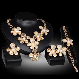 Brincos Colares Pulseiras Anéis Conjuntos de Jóias De Luxo De Qualidade Pérola Strass 18 K Banhado A Ouro Flores de Casamento Jóias 4-piece Set JS044