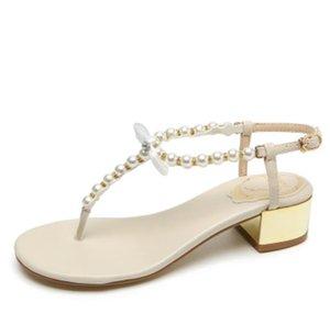 Sandales Femme Top Qualité Boutique Voyage Simple Diamant Diamant Perle De Mode Marque De Plage Plat Sexy Dames OL Sandales Casual