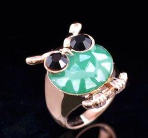 Nueva llegada de las mujeres de joyería de moda real de aleación de diamante gotas de aceite de marisco Crystal Owl anillo amor día de San Valentín regalo festival de Navidad