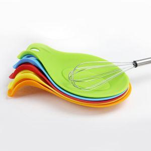 1 pcs Silicone Colher Isolamento Esteira De Silicone Resistente ao Calor Placemat Bebida Coasta de Vidro Troy Spoon Pad Kitchen Tool Acessório