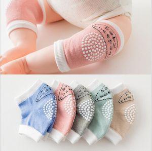 Almohadillas protectoras para la rodilla del bebé Seguridad para los niños Codo y rodilla Calcetín de protección para bebés y niños pequeños Calentadores de piernas para bebés Rodilleras KKA5711