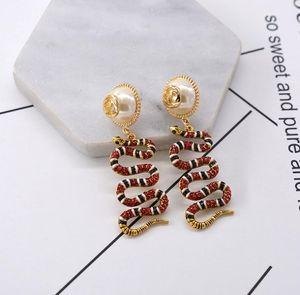 2018New Llega los Pendientes de la forma de la serpiente Crystal Enamel Drop Dangle Eardrop Pealr Ear Studs para mujeres Girl Party Jewelry AccessoriesA6956