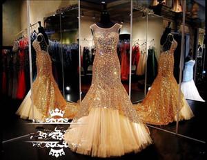 Sheer Scoop Neck Gold Plus Size Vestidos de baile 2019 Tren largo con lentejuelas Sirena Cristales Mujeres Vestido de noche formal formal del desfile
